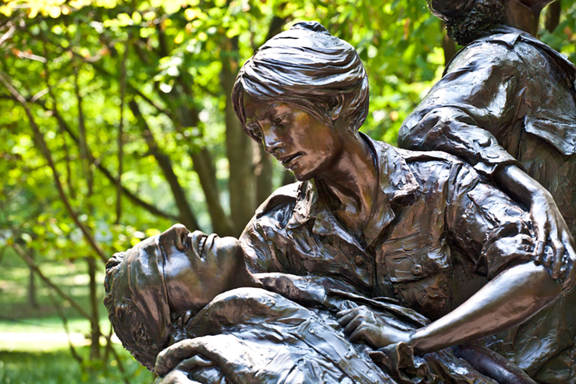 vietnam war women memorial